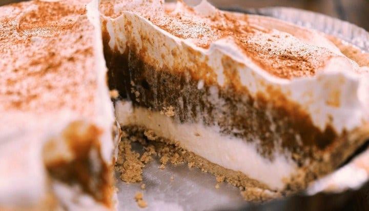 Pumpkin pie tastes great with goats milk as an ingredient.